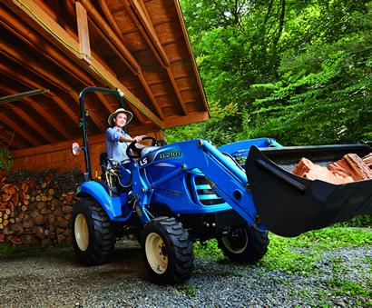 Trails West Tractor - LS Tractors - XJ-Series